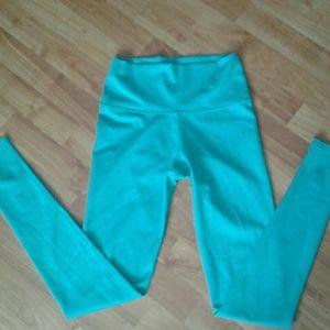 Mika Yoga Wear Pants - Mika yoga wear leggings