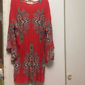 Nicole Miller Dresses & Skirts - Authentic Nicole Miller dress - brand new !!!!🌺