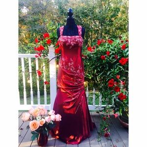 NWOT Long Red Prom Dress