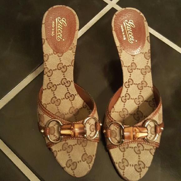 2439ce249 Gucci Shoes | Slide Sandals | Poshmark
