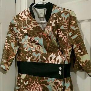 Retro-style wrap dress.