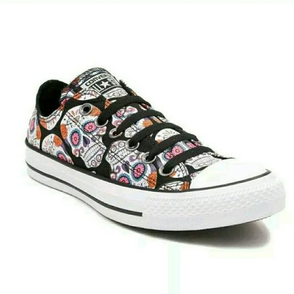 50be88e97091 Converse Chuck Taylor All Star Sugar Skull Sneaker