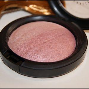 MAC Cosmetics Other - MAC LE MSF IN BLONDE