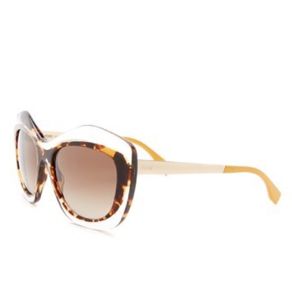 4c2467fc30036 Fendi Accessories - Fendi Cat Eye Oversized Sunglasses Clear Tortoise