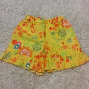 Other - Lolly Wolly Doodle ruffle long shorts