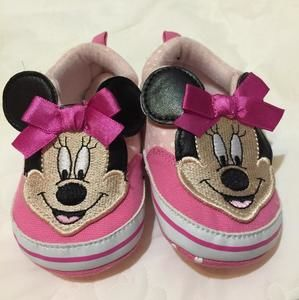 Other - Pink Minnie Mouse Shoes