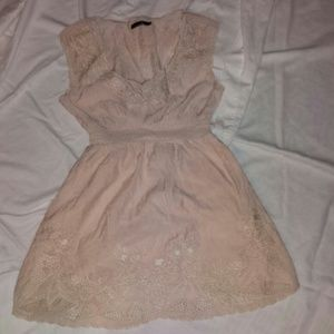 Mustard Seed Dresses & Skirts - **FINAL REDUCTION** Mustard Seed Embroidered 👗