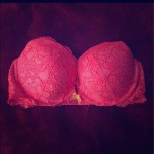 "36 D VS ""very sexy push up"" bra"