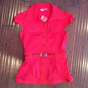 Love Culture Tops - Price REDUCED! 🌟NEW!!! Adorable Red Top👠