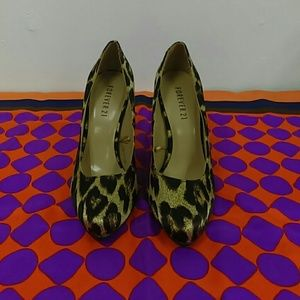 Forever 21 Sz. 7 Leopard Print Heels