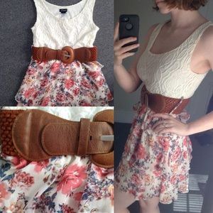Rue 21 Dresses & Skirts - Lace & Floral Rue 21 Dress with Belt