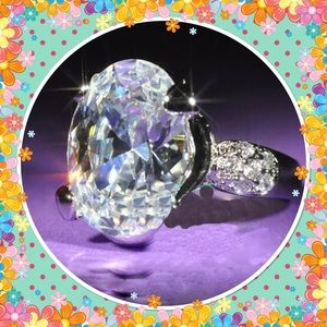 Jewelry - White topaz gemstone 925 silver filled ring