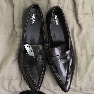 Mossimo Burgundy Flats loafers