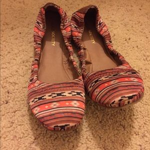 Sole society flats size 8. New, never worn