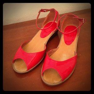 Chinese Laundry Patent Peep-toe Wedge Sandals