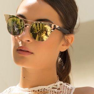 Quay Australia Accessories - NWT Quay Australia sunglasses