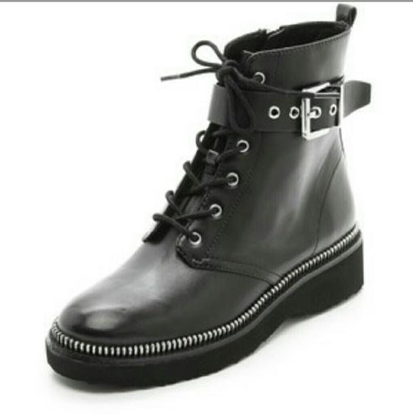 64 off michael kors shoes flash sale autenthic michael kors boots new from gisela 39 s closet. Black Bedroom Furniture Sets. Home Design Ideas