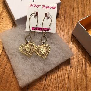 "Betsey Johnson ""vintage line"" drop earrings. BNWT"