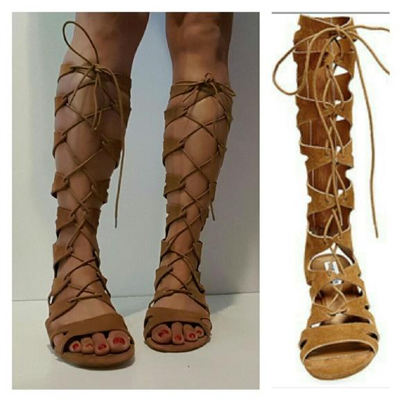 b48c895edcb NEW Madden Lorraine Gladiator Sandals. M 58080020ea3f36d32d0044ed