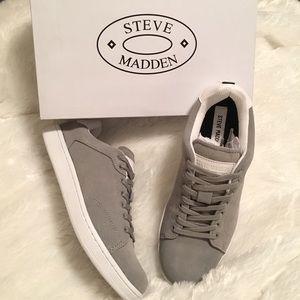 Steve Madden Other - ❗SALE❗ Men's Steve Madden Grey Suede Sneaker