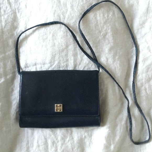 8df491b9d91 Givenchy Handbags - Givenchy Paris Vintage Purse / Clutch