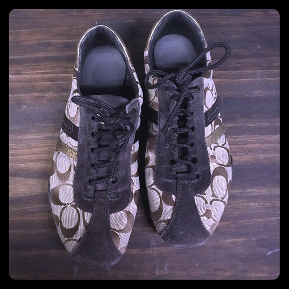 71 coach shoes brown coach tennis shoes from