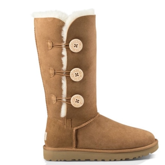 ugg bailey button folded over