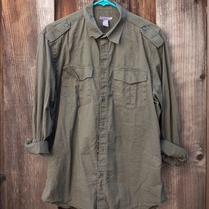 H&M Other - Army green casual mens H&M button up