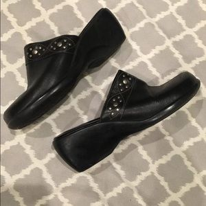 Clarks Black Leather Clogs / Mules with Grommets
