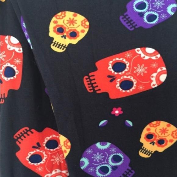 fb47565a15be5 LuLaRoe Pants | Halloween Sugar Skull Leggings Os | Poshmark