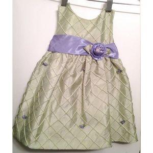 Jayne Copeland Other - Baby party dress!Mint green w/purple belt & flower
