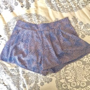 High-waisted pastel pink and blue shorts