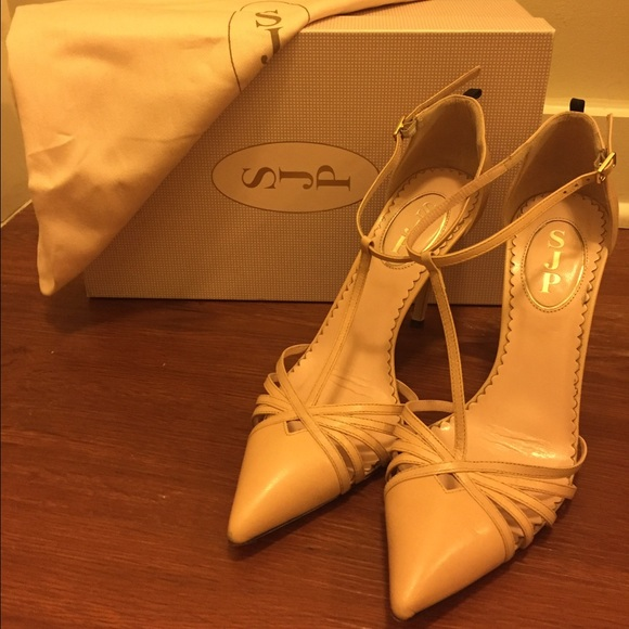 SJP by Sarah Jessica Parker 'carrie' T strap Pump in Nude