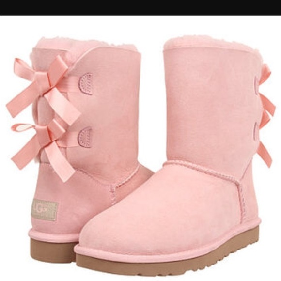 pink bow uggs for adults