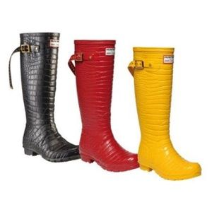 ONE PAIR OF JIMMY CHOO FOR HUNTER CROC RAIN BOOTS