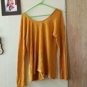 Tops - Mustard Light Top With Graphic Print Bow Sz XL