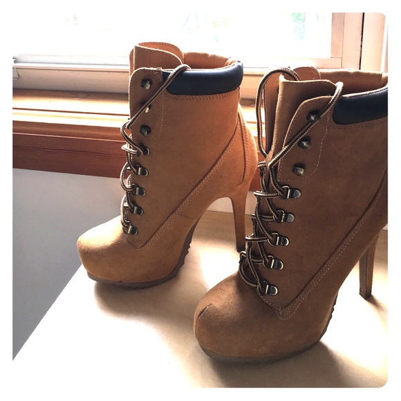 Charlotte Russe Shoes   High Heeled