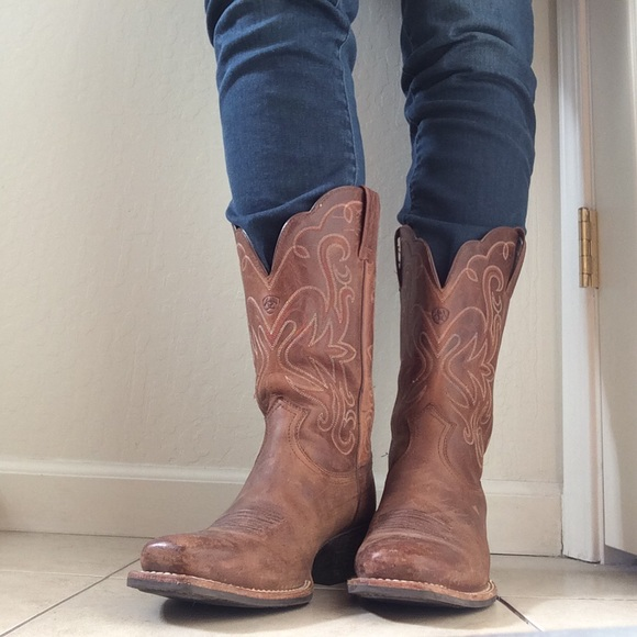 16d5da0f32a Women's Ariat Legend Russet Rebel Square Toe Boots