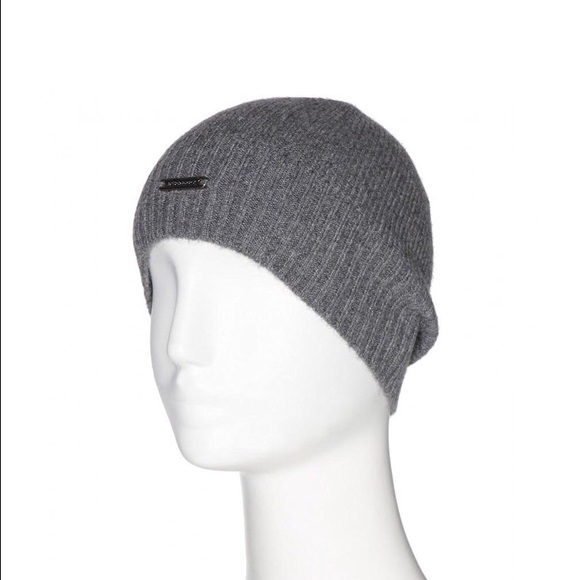 1bdeb0eac42 Burberry women s gray cashmere hat beanie knit cap