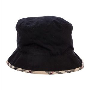 b0e4254a007 Burberry Accessories - Burberry Bucket Hat