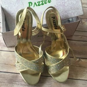New in the box pazzle Wanda gold heels s 9