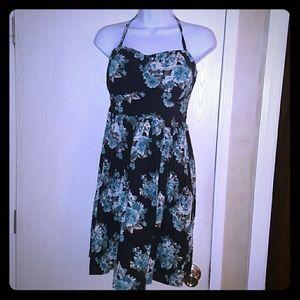 Vanity Dresses & Skirts - 💖 Removable Strap Dress Halter Strapless Black