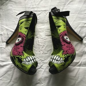 Iron Fist Shoes - Zombie heels