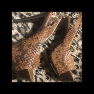 Jessica Simpson Shoes - Jessica Simpson Cobra Platforms