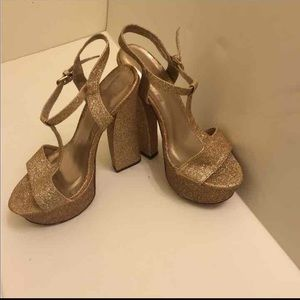 Forever 21 Shoes - Gold glitter t strap Mary Janes