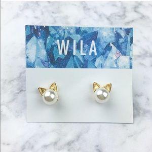 WILA Jewelry - NEW!! Kitty Cat Pearl Gold Stud Earrings