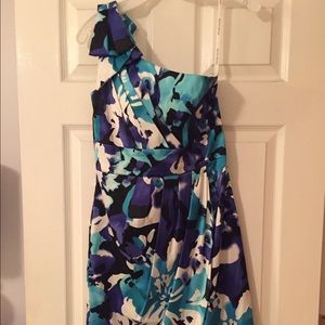 One-shoulder floral dress