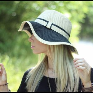 Accessories - Black and Tan hat