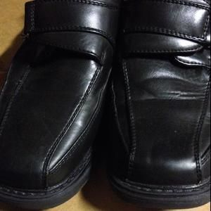 Other - Black dress shoes size 34