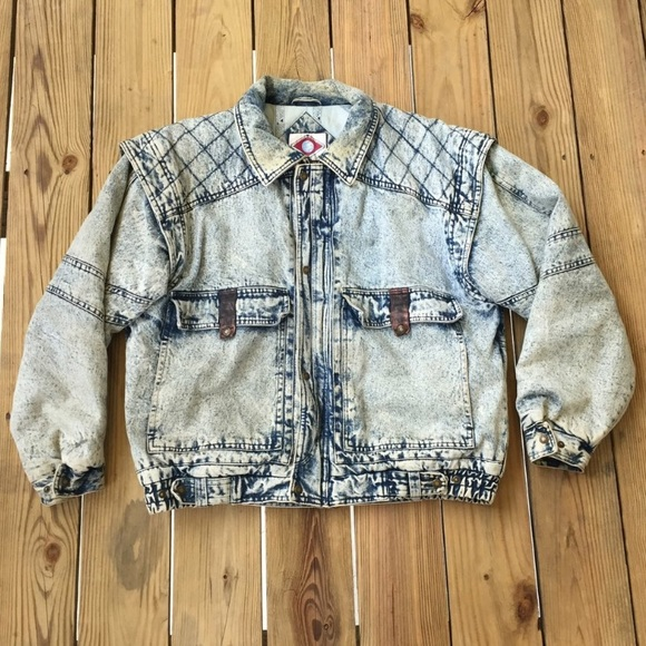 1f44e03f0b Horizon Outerwear Jackets   Blazers - Vintage Light Acid Wash Denim Jacket